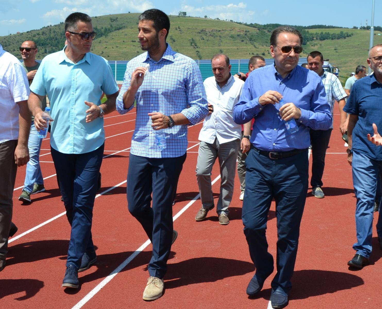 Министри Удовичић и Љајић обишли атлетски стадион у Новом Пазару