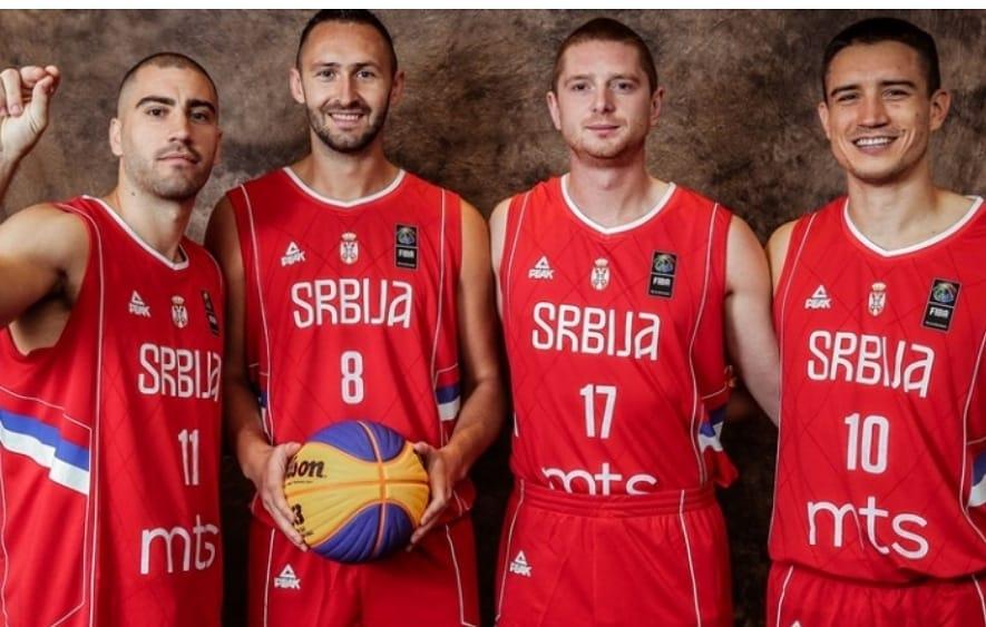 Министар Удовичић честитао баскеташима освојену златну медаљу